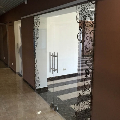 Двустворчатые раздвижные двери с фотопечатью