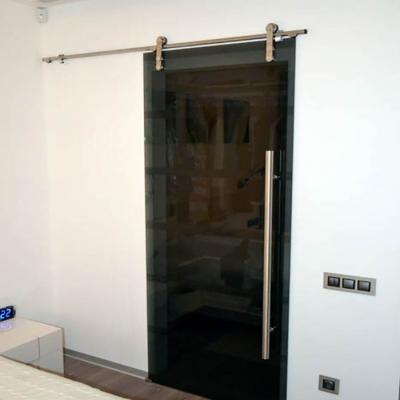 Раздвижная дверь (Manet)