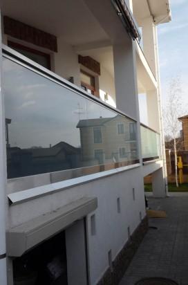 Ограждение из стекла с декором