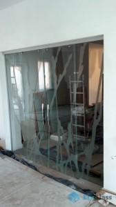 остекление дома,стеклянная перегородка,стеклянные раздвижные двери,двери из стекла,стеклянные раздвижные двери