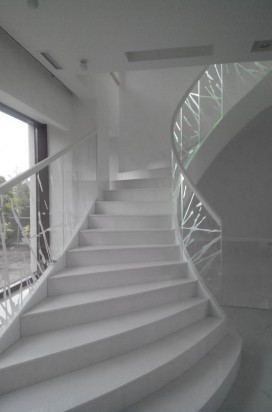 Стеклянное ограждение лестницы-1