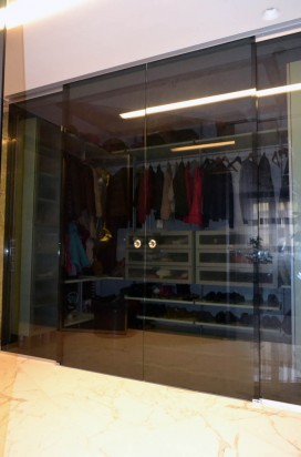 Раздвижные двери в гардероб