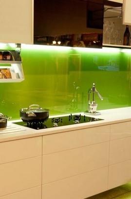 кухонное панно из стекла с подсветкой УЛ. ВЫШГОРОДСКАЯ КВАРТИРА