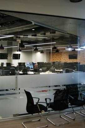 Стеклянные перегородки в IT компании