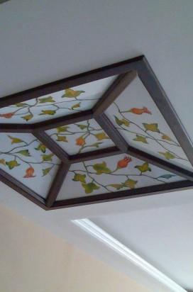 Потолок с псевдовитражом