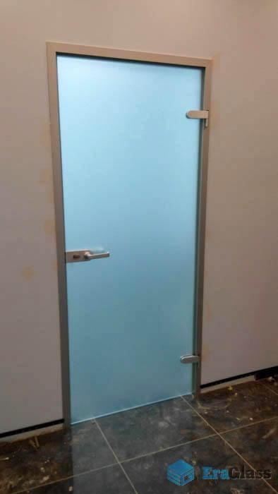 Стеклянная дверь в офис,дверь из стекла,распашная стеклянная дверь,стеклянная дверь в коробке,матовая стеклянная дверь
