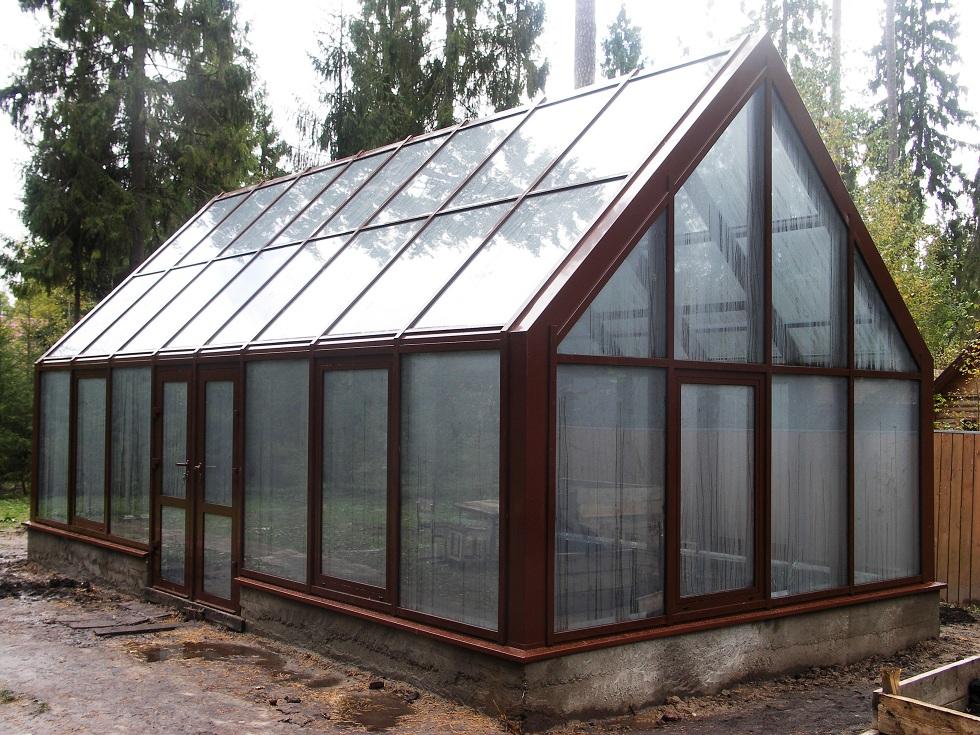 Зимовий сад в котеджі